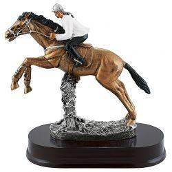 Trophée Equitation Féminine - Saut d'Obstacle