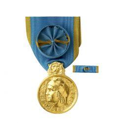 Médaille d'honneur de la jeunesse, des sports & de l'engagement associatif